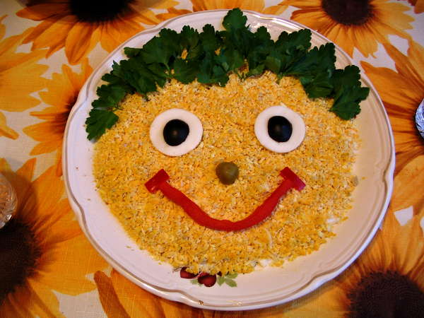 Украсить салаты