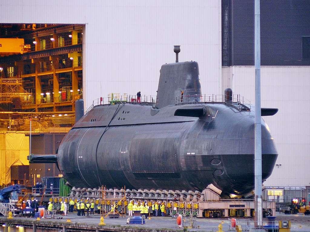великобритания подводная лодка