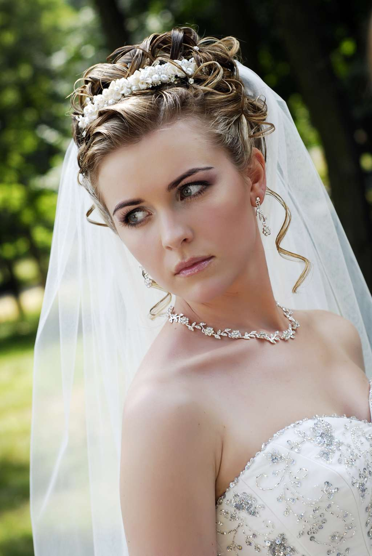 Прически на свадьбе не для невесты
