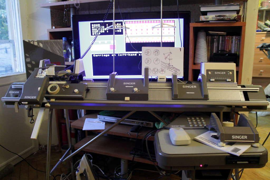 Машины для вязания компьютер