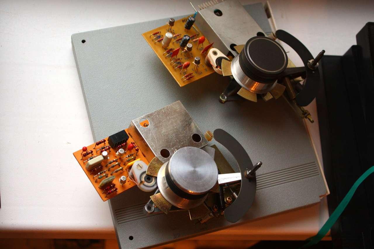 Электроника ТА1-003 [магнитофон] и его модификации.