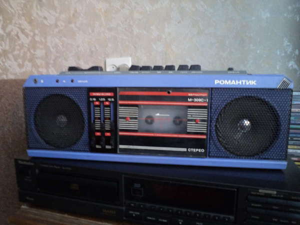 магнитофоны: Романтик-306,