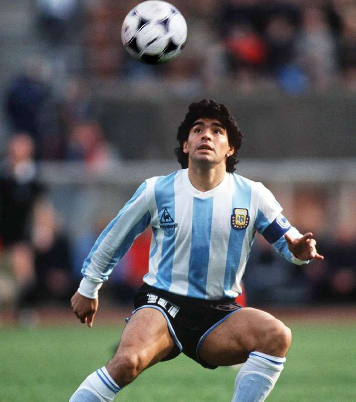 a biography of diego maradona one of soccers greatest player