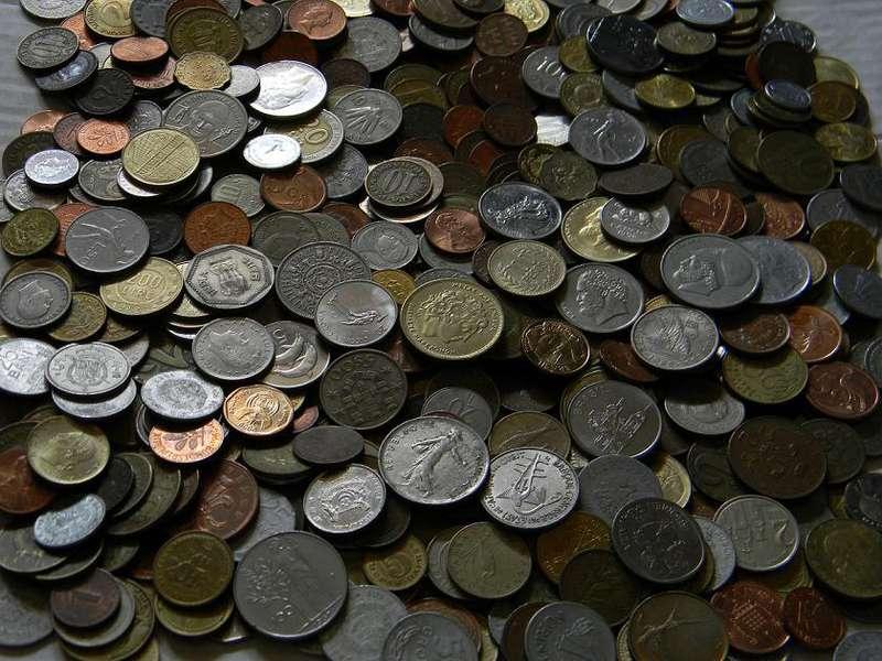 Продать монеты оптом 5 копеек 2002 сп