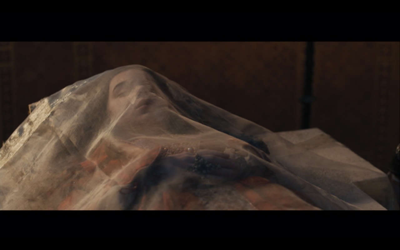 doctor zhivago funeral scene analysis c 2018-06-13 doctor zhivago is a 1965 british-italian epic romantic drama film  doctor yuri andreyevich zhivago (omar sharif), and larissa (lara  one train scene.