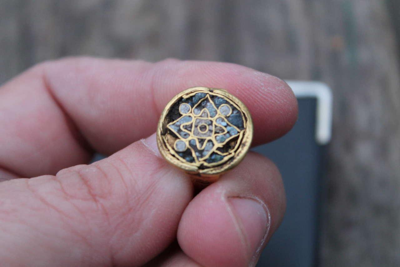 золотое кольцо на определение