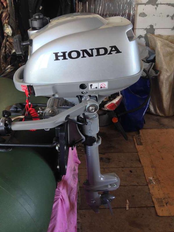 Течь масла лодочного мотора хонда 2.3