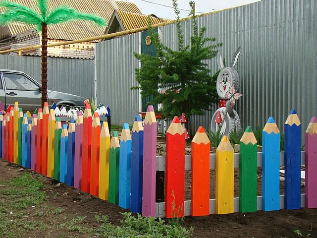 Забор своими руками на лето