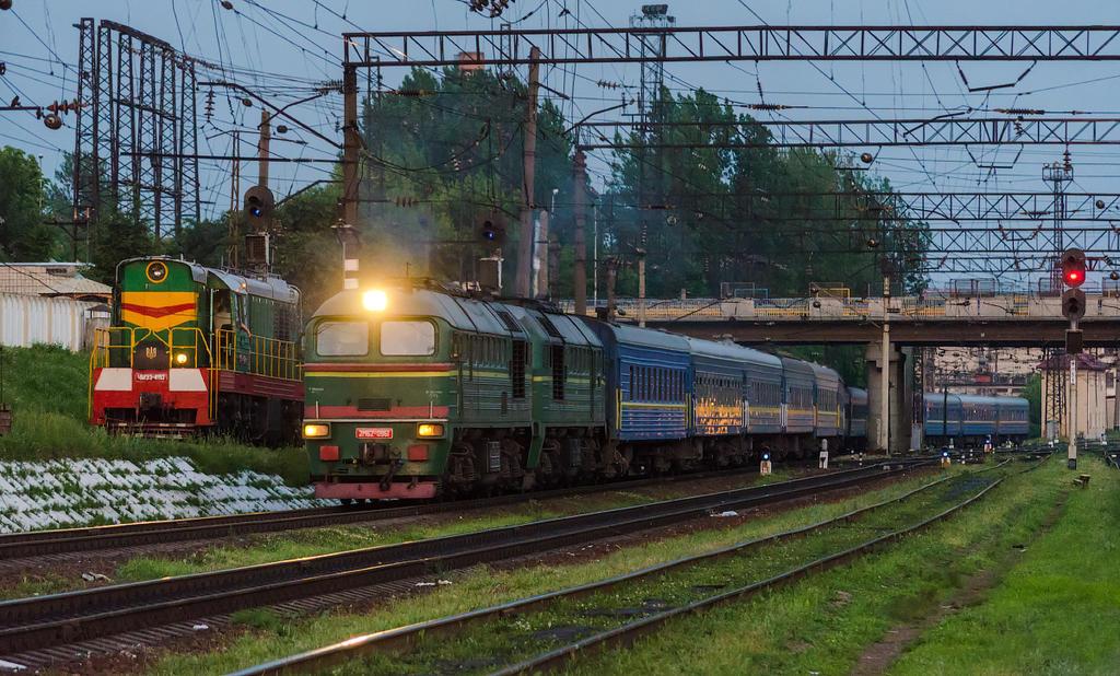 Поезд мариуполь - львов следует в сторону станции волочиск