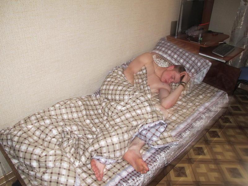Ночью трахнул пока спит нельзя