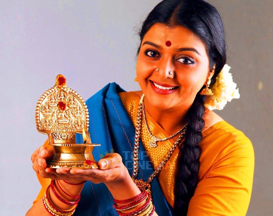 bhanupriya sister