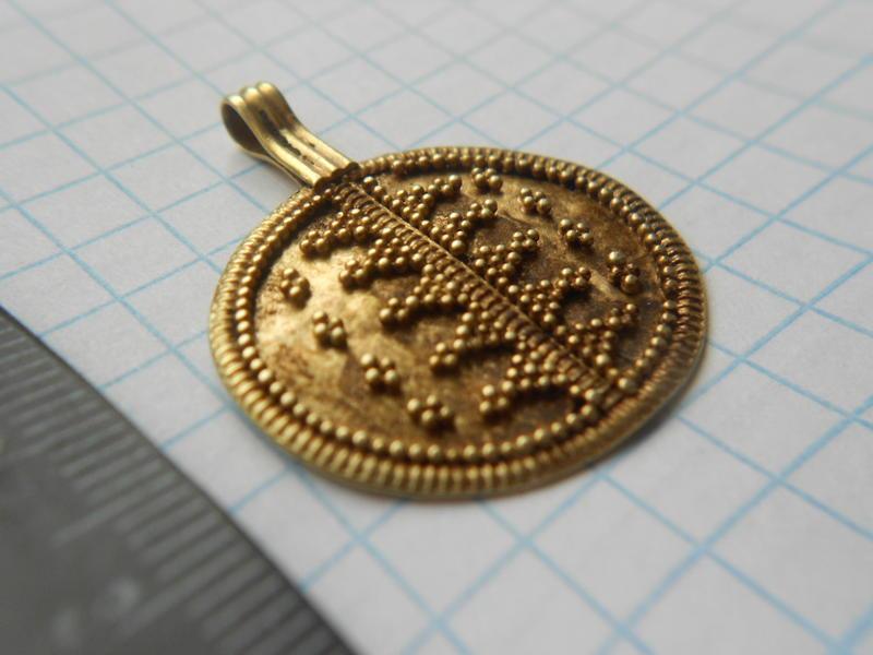 привеска Домонгол золото атрибуция