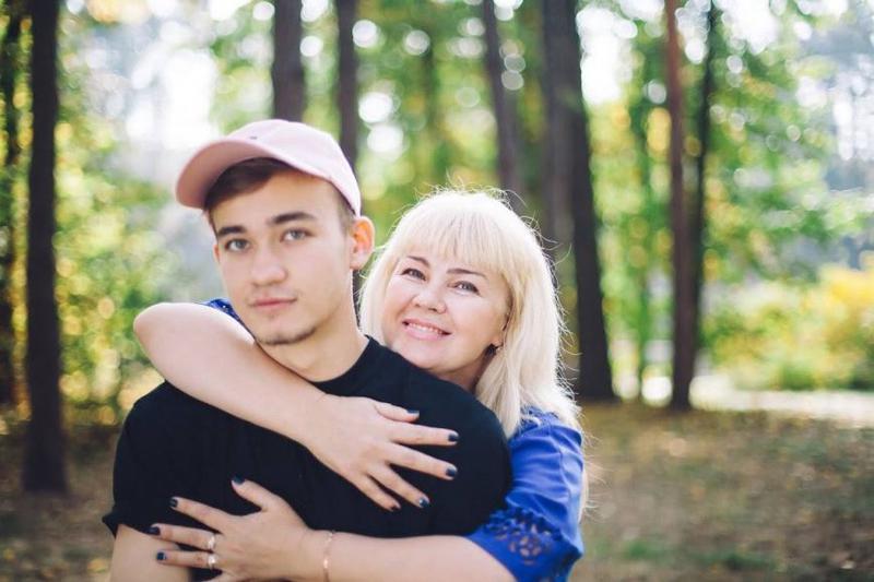 Родители учат сына быть геем фото 265-993