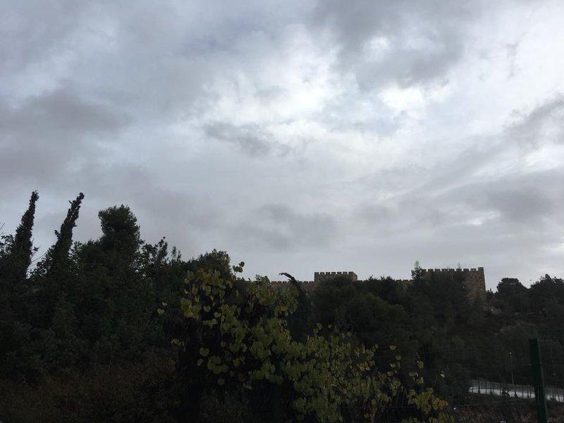 Над Иерусалимом тучи ходят хмуро