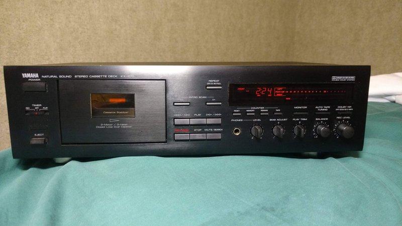 Кассетная дека Yamaha KX-670