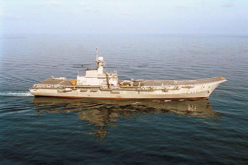 Варианты военных кораблей предложенные участниками форума