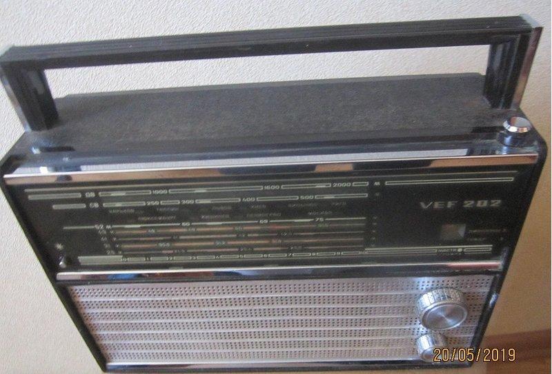 радиоприёмник ВЭФ - 202