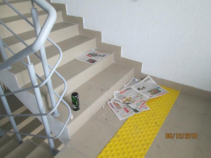 Подъезд №3 лестница на 10 этаже