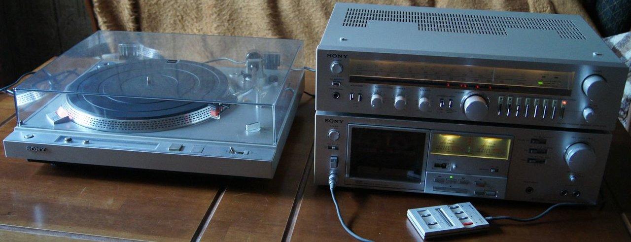 Мини усилитель и акустика Sony