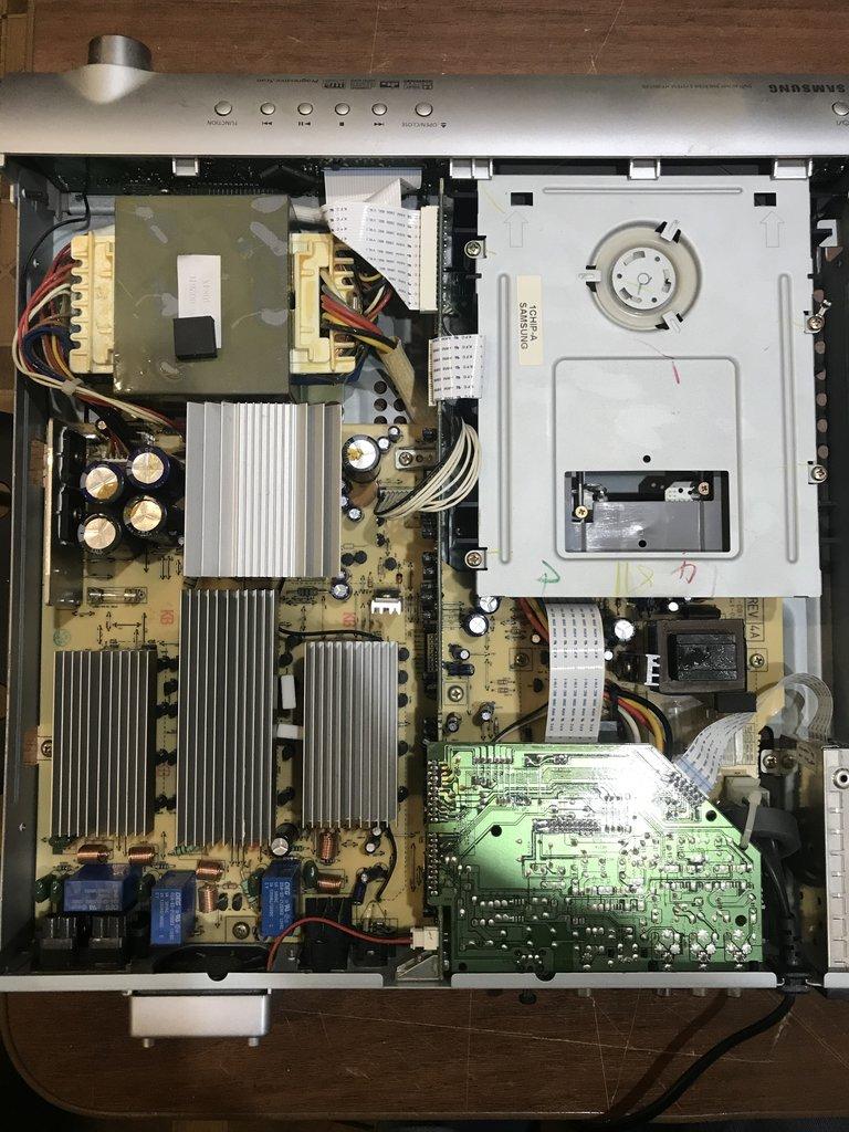 Домашний кинотеатр Samsung HT-DB120 - без акустики.